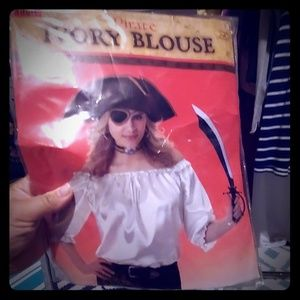 Pirate ivory blouse